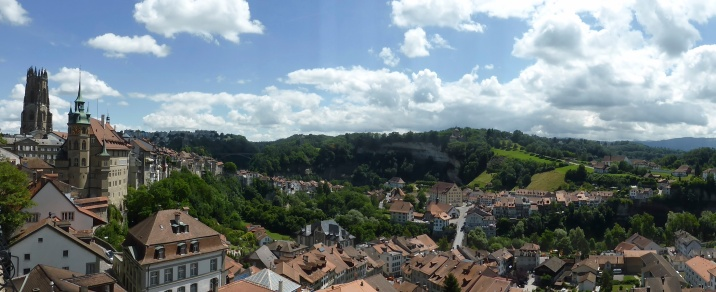 Fribourg: panoramic view from the cliff top