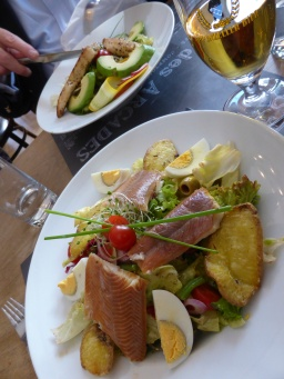 Fribourg, Cafe des Arcades: locally sourced lunch