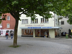 Feldkirch: they still make shoe shops the old fashioned way