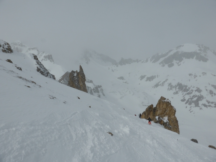 Skiing into the Chardonnet bowl