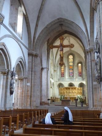 Osnabrück cathedral: nuns and selfies