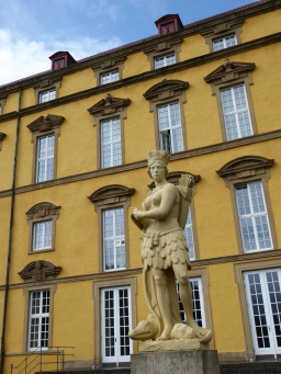 Osnabrück's old schloss, the Americas