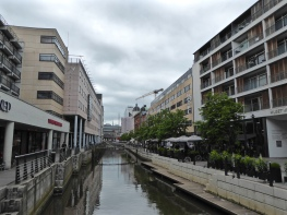 Aarhus: new blocks by the canal