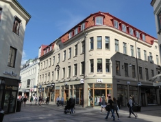 Göteborg's pedestrianised centre slowly coming to life