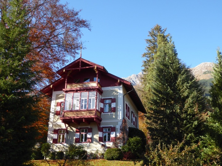 Traditional chalet in Hungerburg